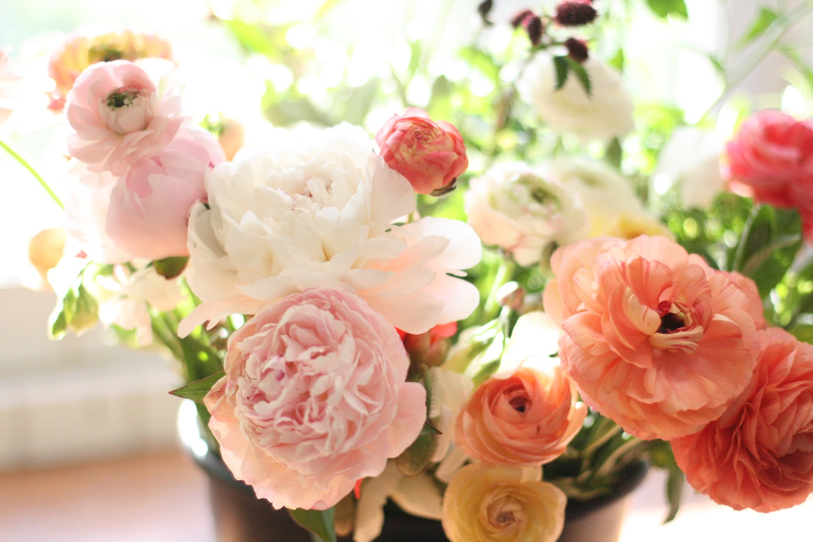 A little helpful how to floret flowers next months issue of growing for market im the flower columnist will include an article on how to make a simple bridal bouquet using garden flowers izmirmasajfo