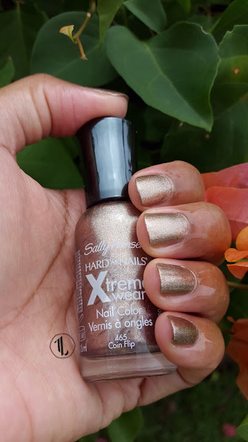 Sally Hansen Hard As Nails Xtreme Wear 'Coin Flip' www.modenmakeup.com