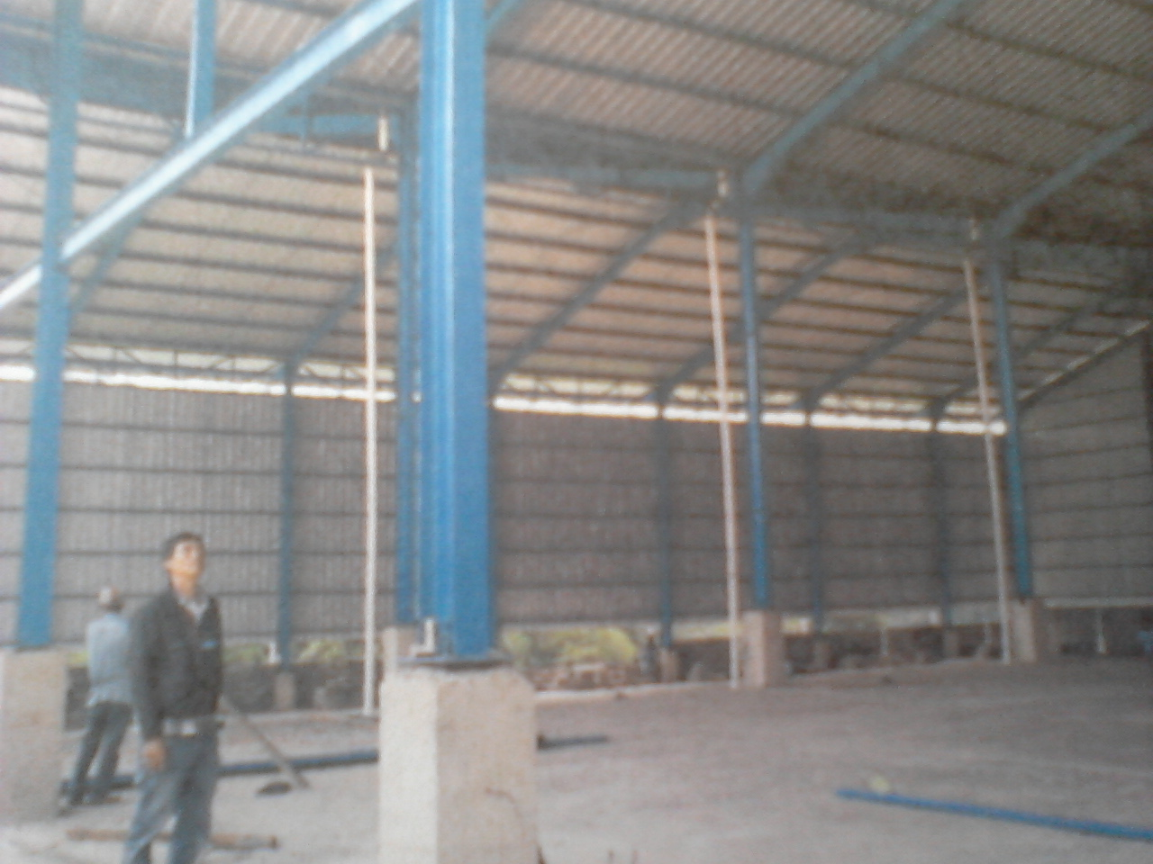 Konstruksi Rangka Baja Gudang