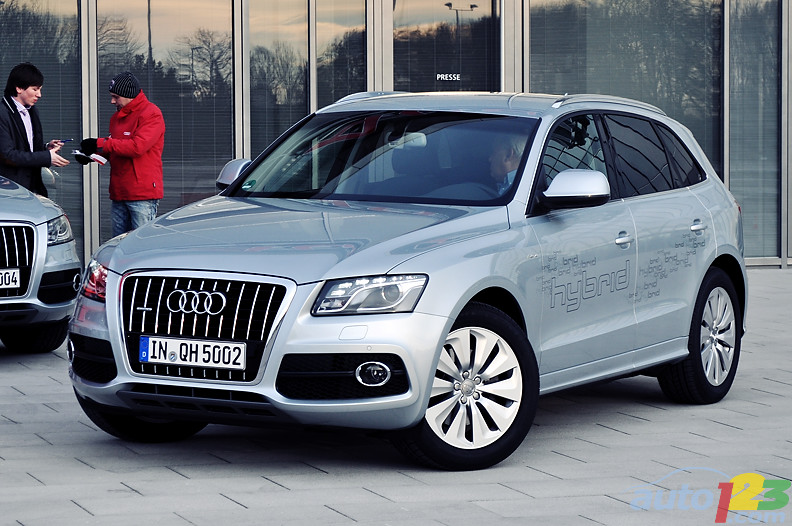 audi q5 2012 car review specification images. Black Bedroom Furniture Sets. Home Design Ideas