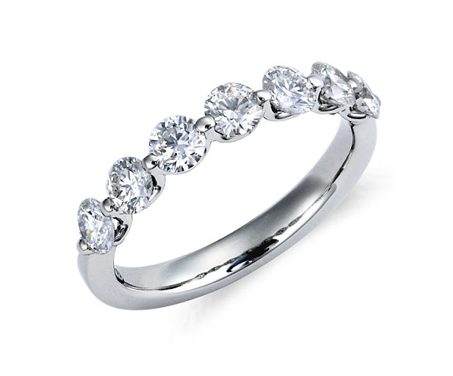 Classic Floating Diamond Ring