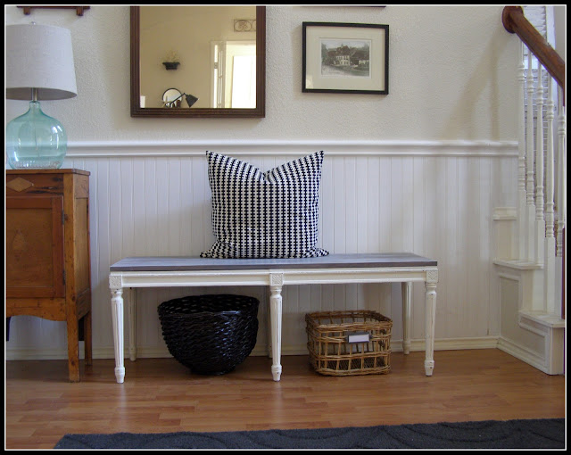 A VINTAGE VINE}: The Vintage Wooden Plank BenchPlus a peek at