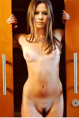 avril lavigne nude fakes