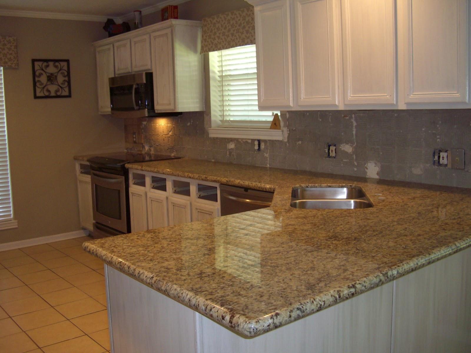 St Cecilia Light Granite Kitchens Similiar Santa Cecilia Granite Countertops With White Cabinets