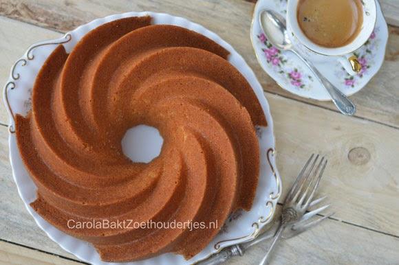 cake in hertage vorm van nordic ware