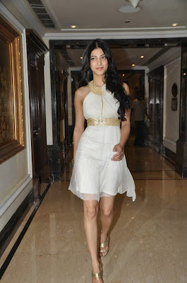 Shruthi Hassan Latest Stills