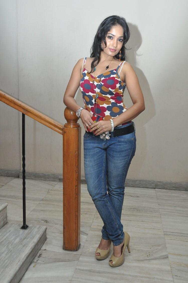 hot and radiant glamorous Madhavi latha latest hot photo shoot
