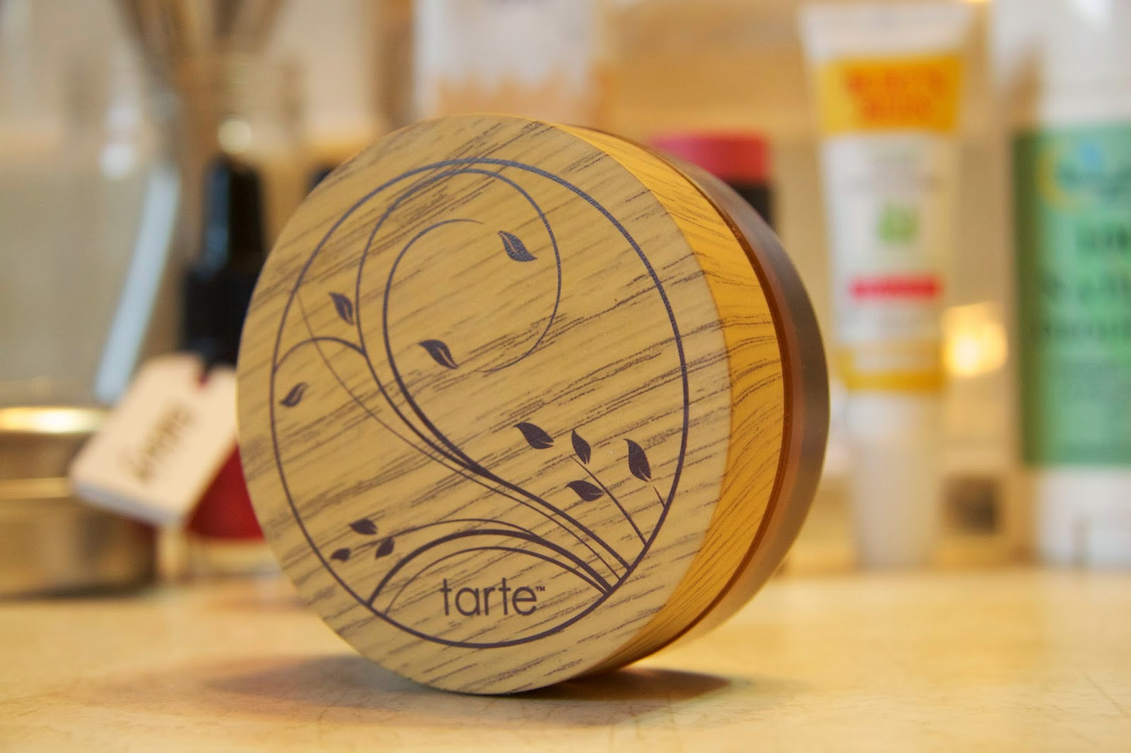 Review on the Tarte Powder foundation in Light-medium beige