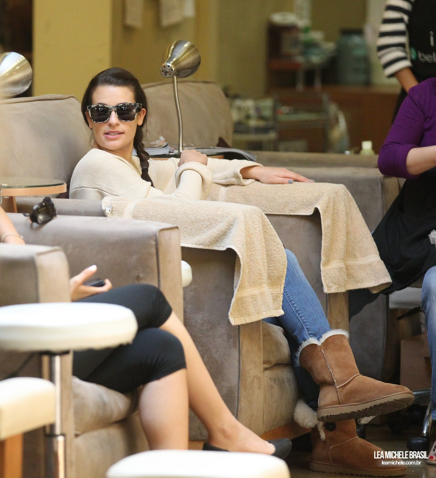 Celebrity Nail Salon: Lea Michelle Gets Nails Done At Bellacures In Studio City