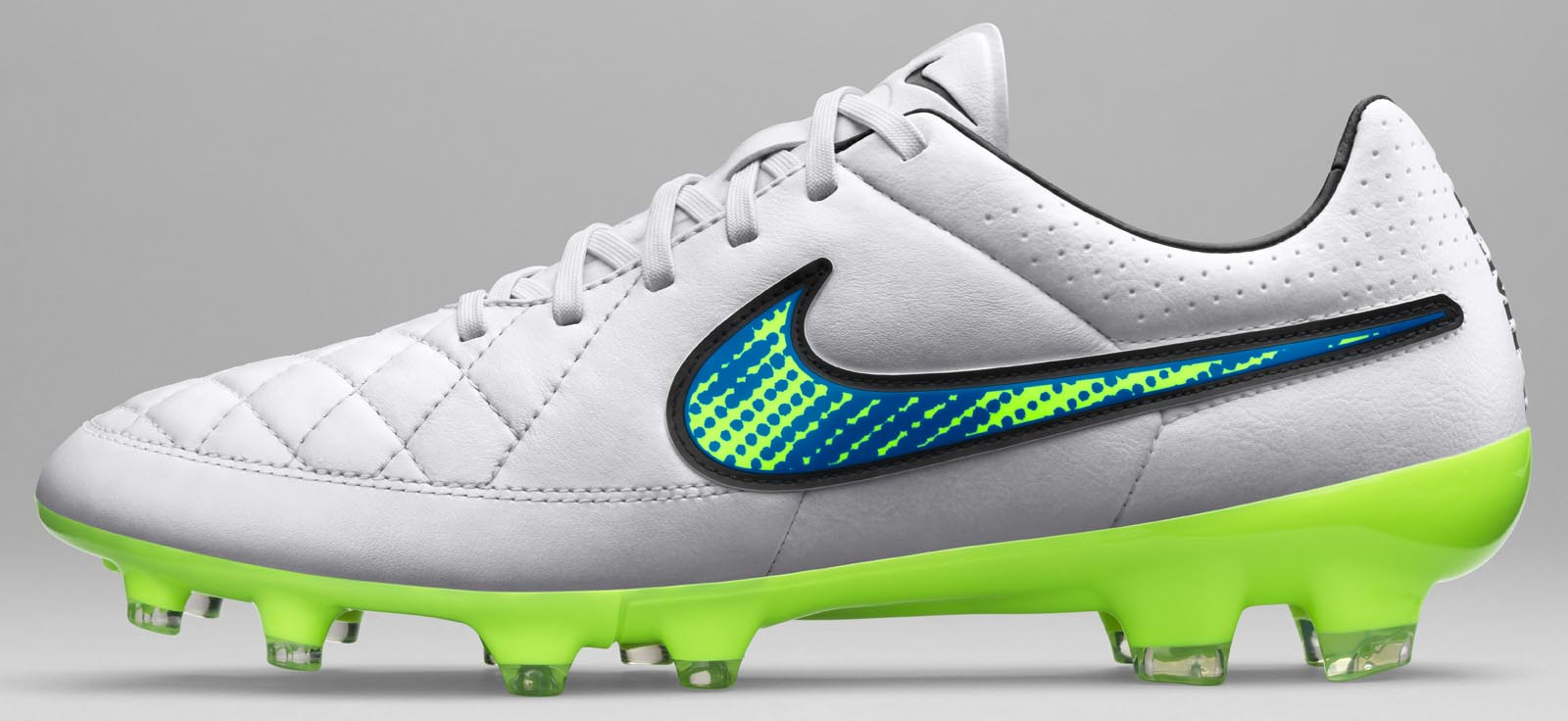 Nike Football Shoes Tiempo New