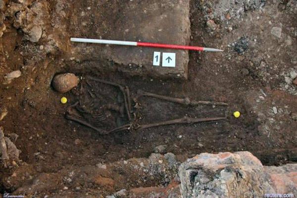Makam-Raja-Inggris-Richard-III