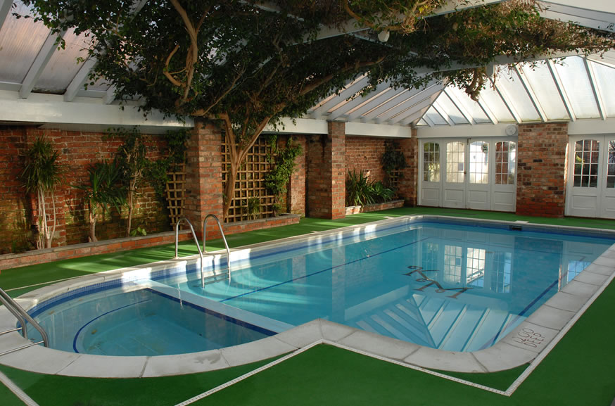 Wallpapers swimming for Best home swimming pools