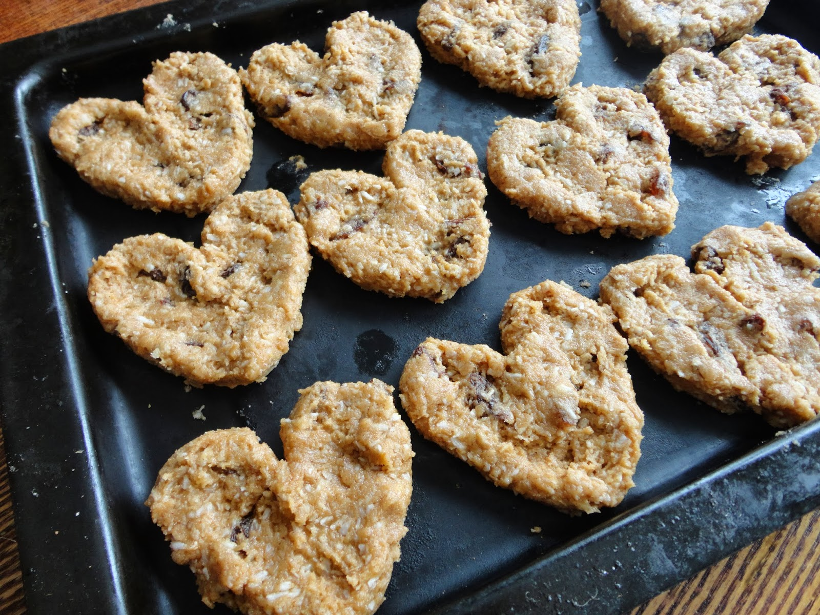 "Valentine's Day Treat: Iced ""Oatmeal"" Cookies (Grain-Free) 