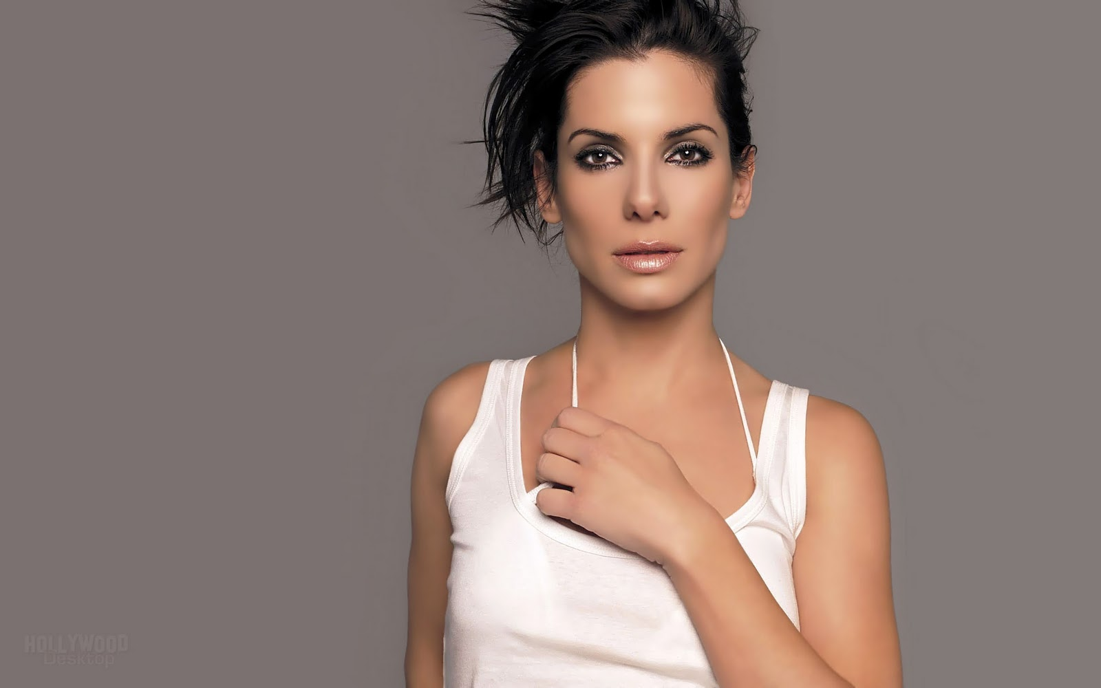 Sandra Bullock Hot Actress Wallpapers