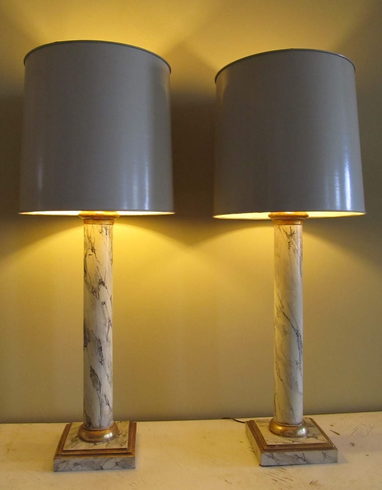 Quality Pair Of Monumental Neoclassical Style Hand Painted Faux Marble  Table Lamps Made Of Solid Wood. Italy Circa 1940´s 1950´s