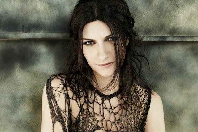 Laura Pausini - È A Lei Che Devo L'Amore