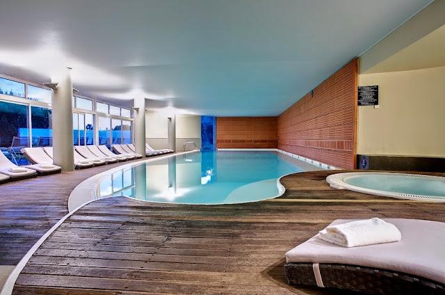 piscine-intérieure-hotel-dolcefregate-provence-france