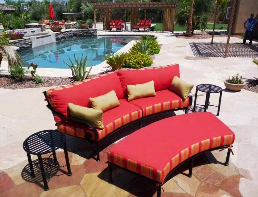 Red-Curved-Sofa-Sofa-Design-Sofa-Corner-Beauty-Room-To-Guest-House-Modern-Minimalist