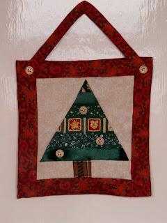 Karácsonyfás patchwork falikép