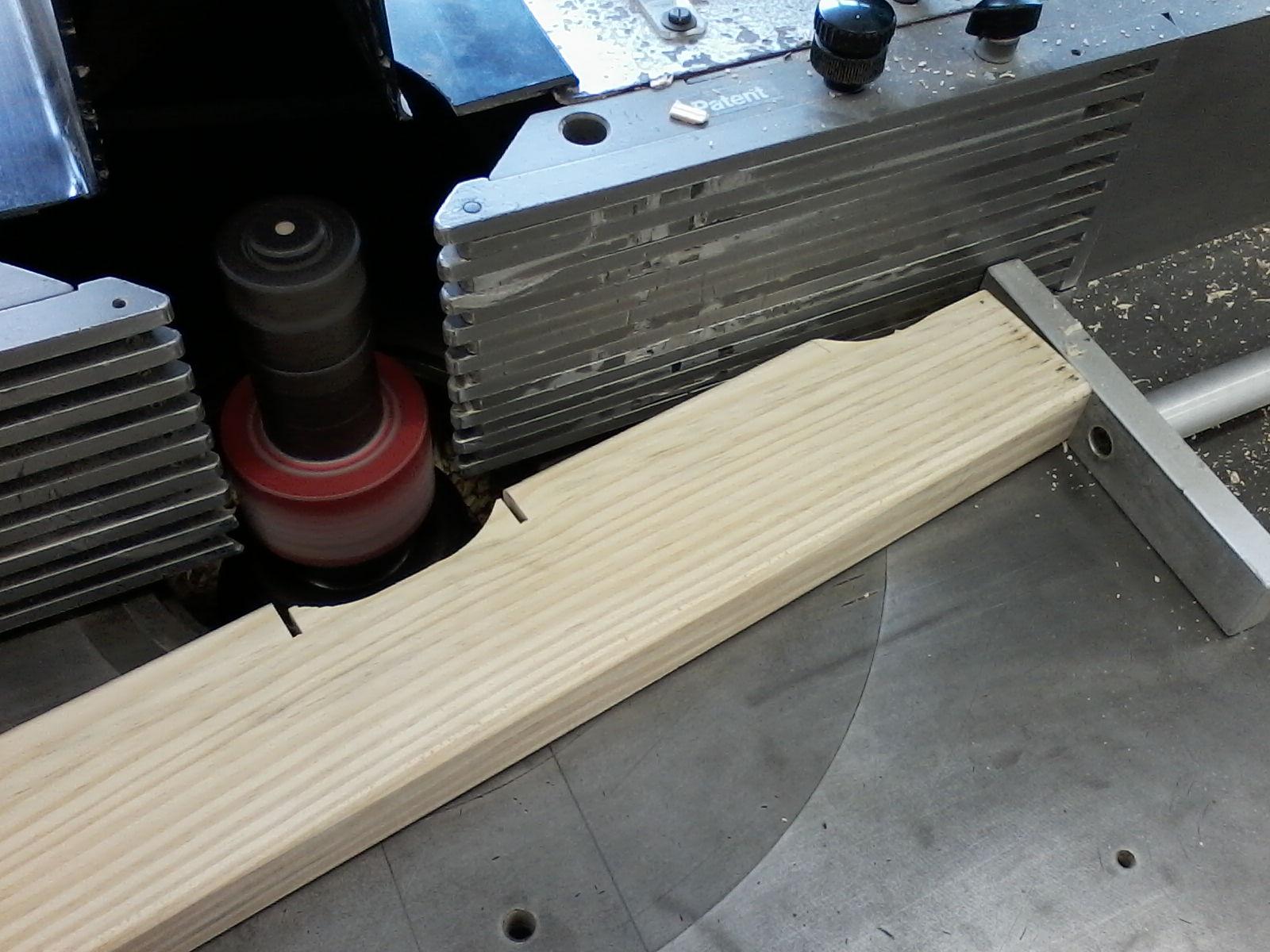 Técnicas de marcenaria: Bancada de marceneiro para 6 pessoas. #40688B 1600x1200