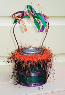 upcycle a pail to a halloween carry all