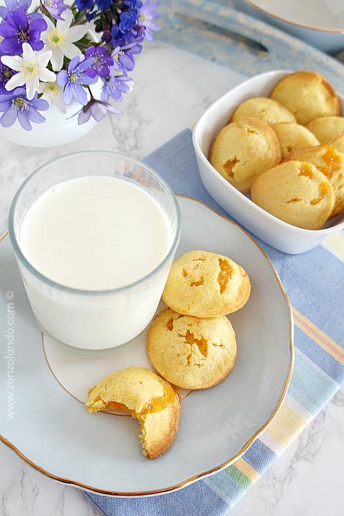 Biscotti cuor di mela ripieni ricetta per farli in casa - apple jam filled cookies recipe