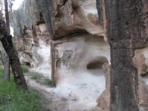 Sandstone Cave, Pillbara