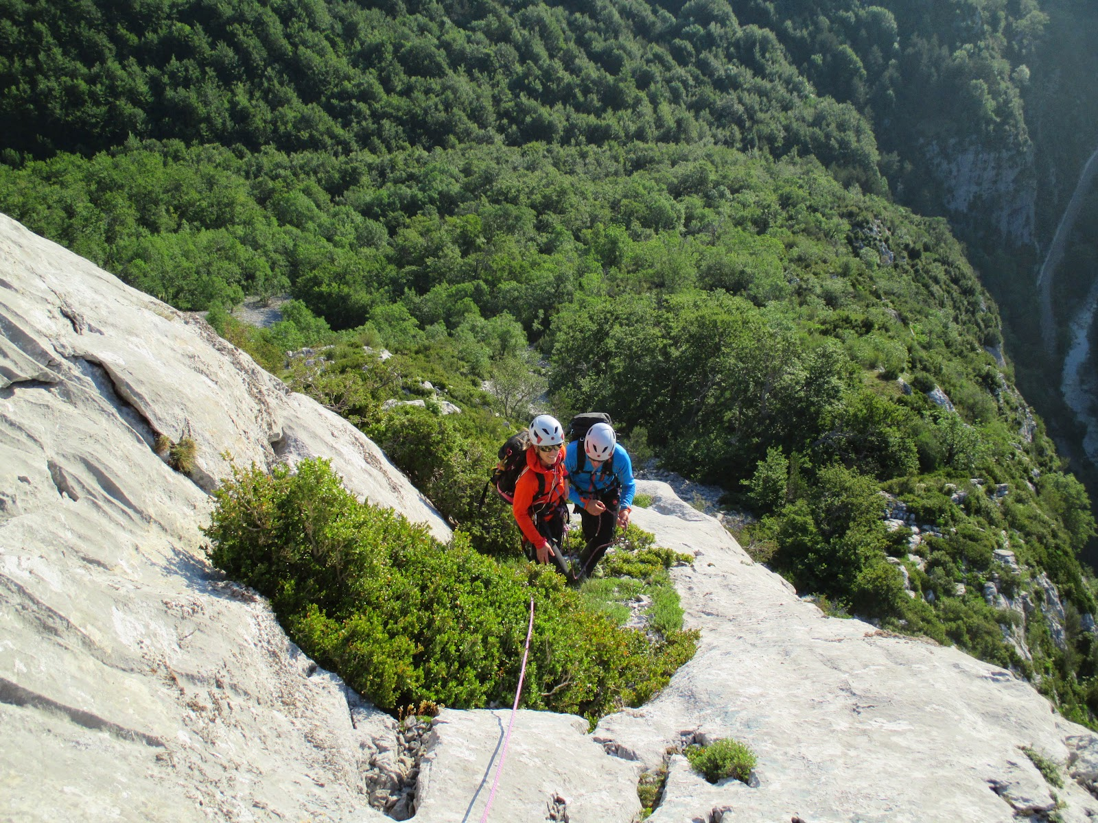 Pirineos: Valle de Zuriza: Ezkaurre Arista NE