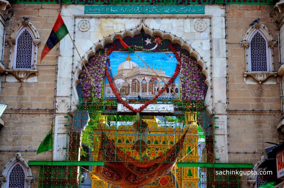 Ajmer-e-Sharif Dargah, Jain Temple in Ajmer, Rajasthan