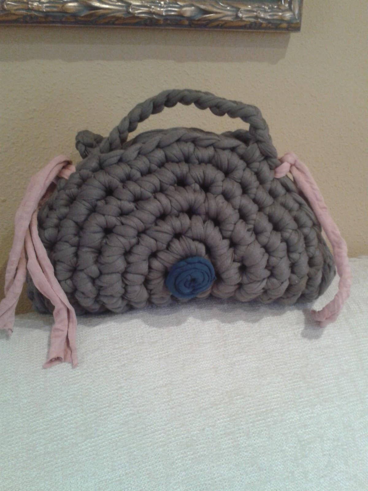 Mis trabajos de ganchillo bolsos hechos de trapillo - Trabajos manuales de ganchillo ...