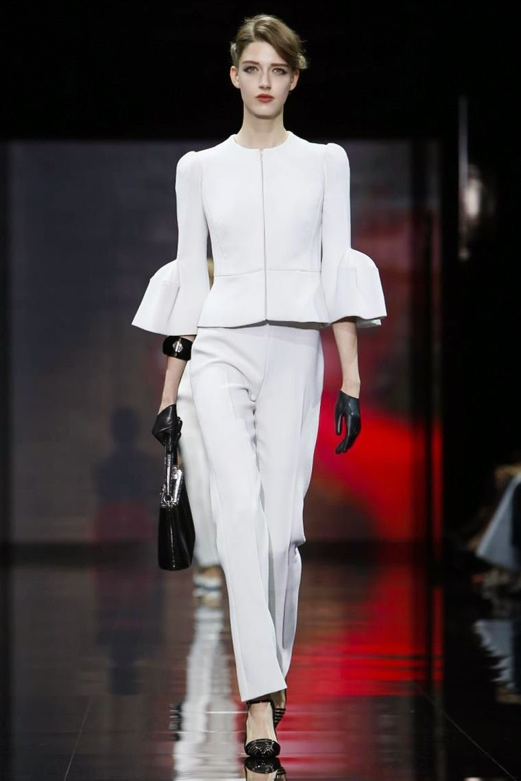 GIORGIO-ARMANI-PRIVE-Haute-Couture-Fall-Winter-2014-2015, GIORGIO-ARMANI-PRIVE-Couture-Fall-Winter-2014-2015, GIORGIO-ARMANI-PRIVE-Couture-Fall-Winter-2015, GIORGIO-ARMANI-PRIVE-Fall-Winter-2014-2015, GIORGIO-ARMANI-Fall-Winter-2014-2015, GIORGIO-ARMANI, GIORGIO-ARMANI-PRIVE, robes-de-mariée, mode-femme, armani-prive, giorgio-armani-cologne, emporio-armani-diamonds-perfume, giorgio-armani-handbags, ladies-dresses, women-dresses, robe-dos-nu, robe-de-cocktail-pas-cher, armani-bikini, armani-t-shirts, robe-bustier, robe-sexy, robe-pas-cher, robe-de-fete, robe-rouge, robe-de-soire, du-dessin-aux-podiums, dudessinauxpodiums