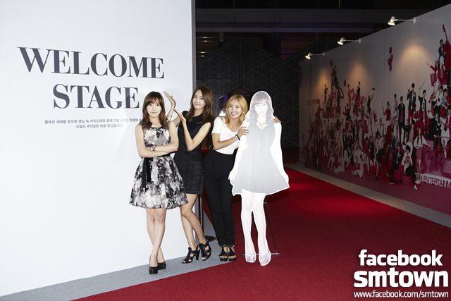 [PICTURE] SNSD Taeyeon, Yoona, Hyoyeon on  S.M.ART EXHIBITION