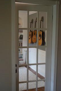 DIY Wall Mount Guitar Holder