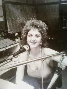 FM 105 - 1987 - 1o. LUGAR EM AUDIÊNCIA com o programa: TURMA DA MÔNICA NA FM 105 NA MADRUGADA