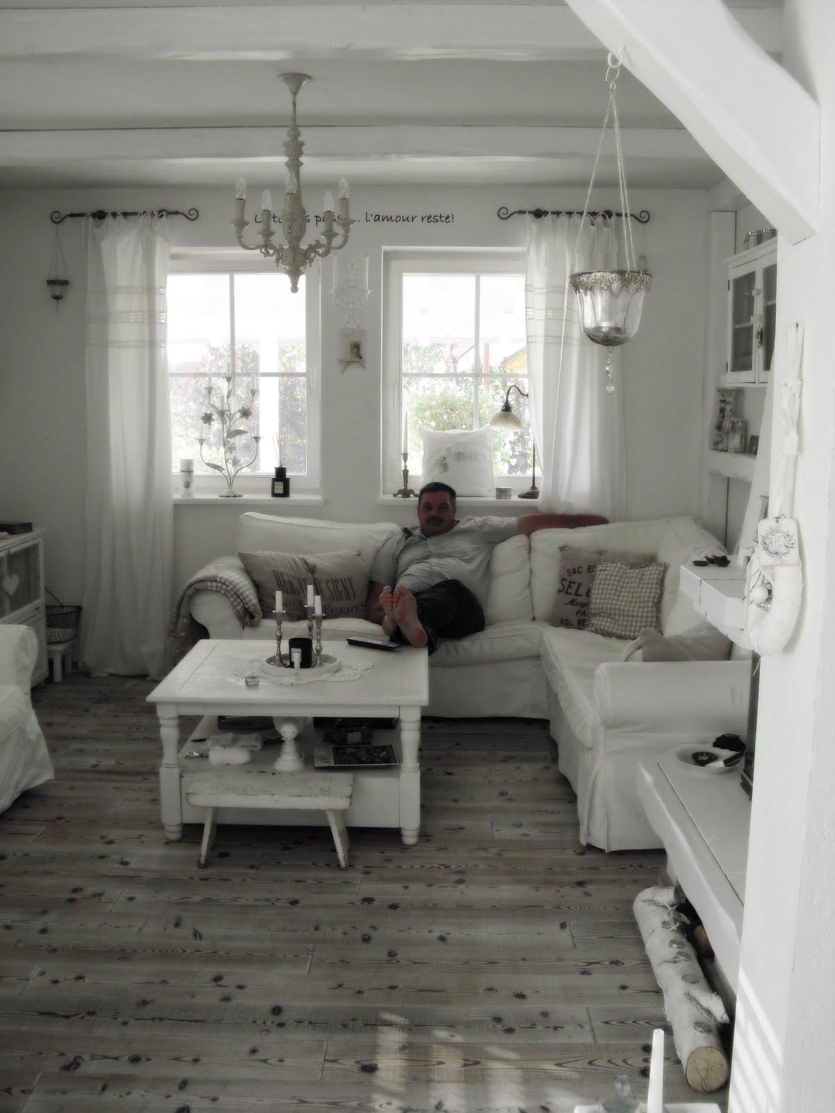 shabby landhaus da ja vielen im letzten post. Black Bedroom Furniture Sets. Home Design Ideas