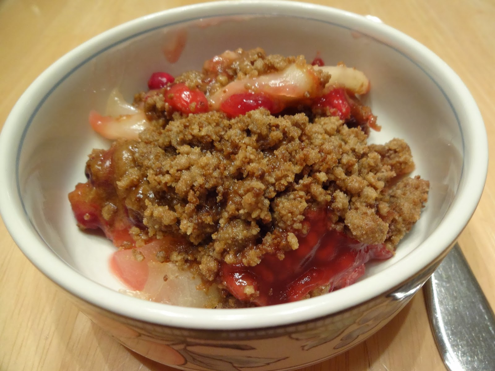 Shenandoah Gateway Farm: Pear, Cranberry and Gingersnap Crumble