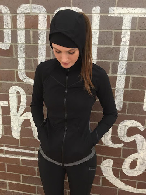 lululemon rain-on-train-on-jacket