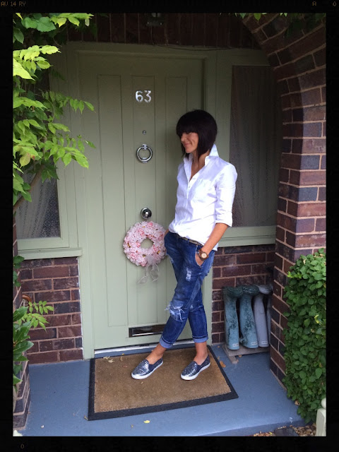 My Midlife Fashion, Styling a white shirt, Boden Glitter slip ons, zara distressed denim boyfriend jeans