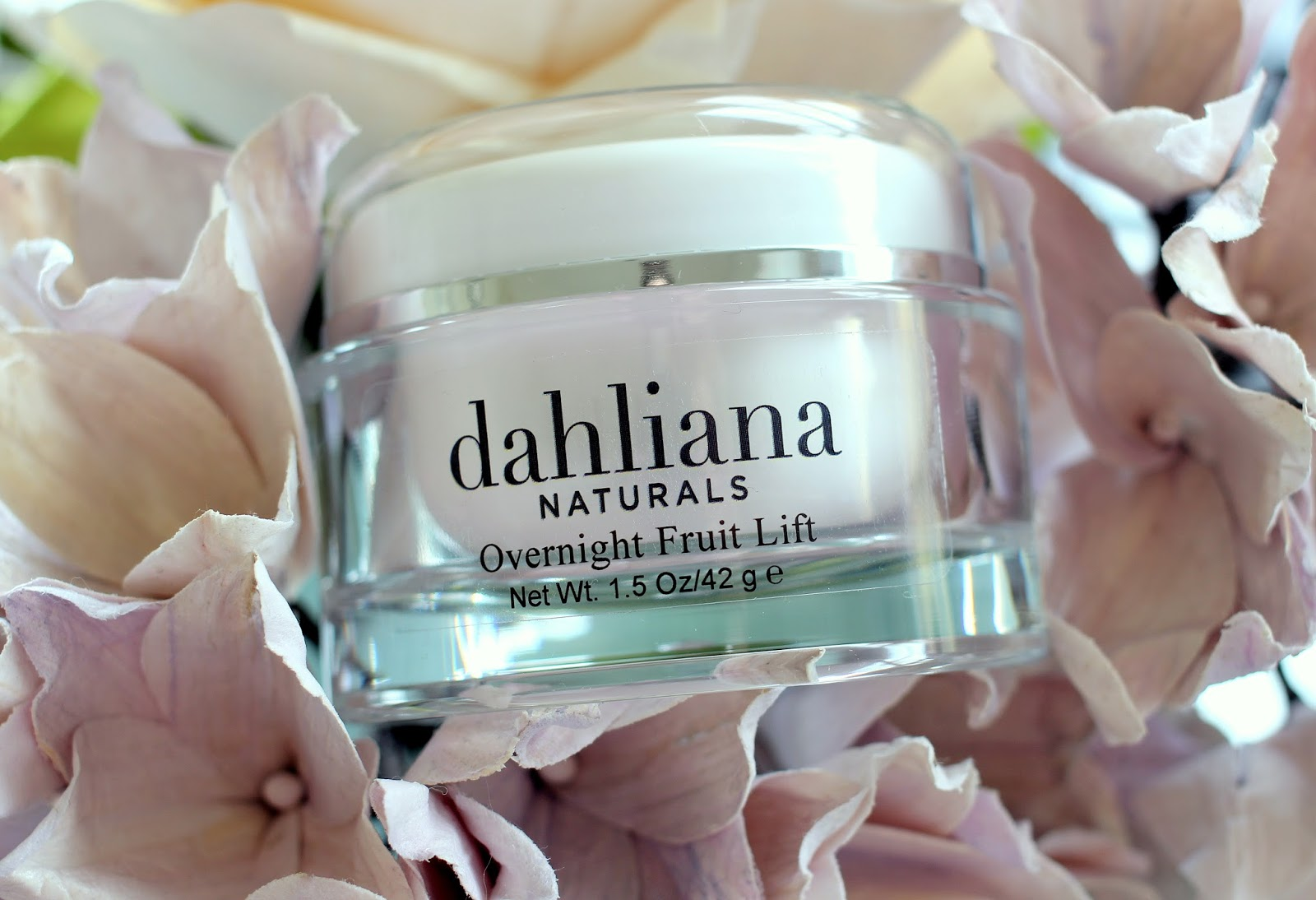 Dahliana Overnight Fruit Lift Crème Review