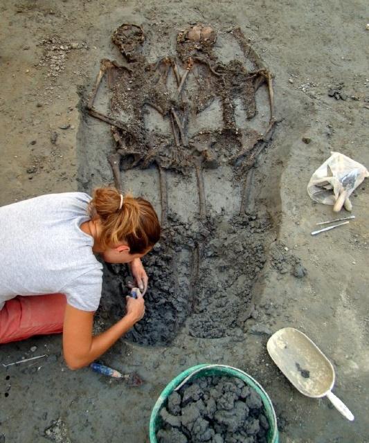 Udgravning fra romerriget, kærligt par begravet sammen