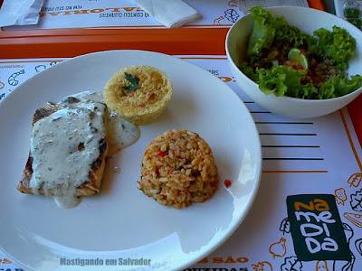 Calorias Na Medida: Combo de Salmão com Risoto de Salmão, Suflê de Bacalhau e Salada de Tabule