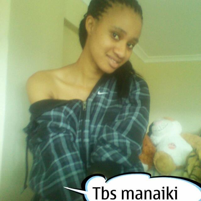 Mtandao wa xdjay umefanikiwa kunasa picha mbalimbali za aibu za msanii
