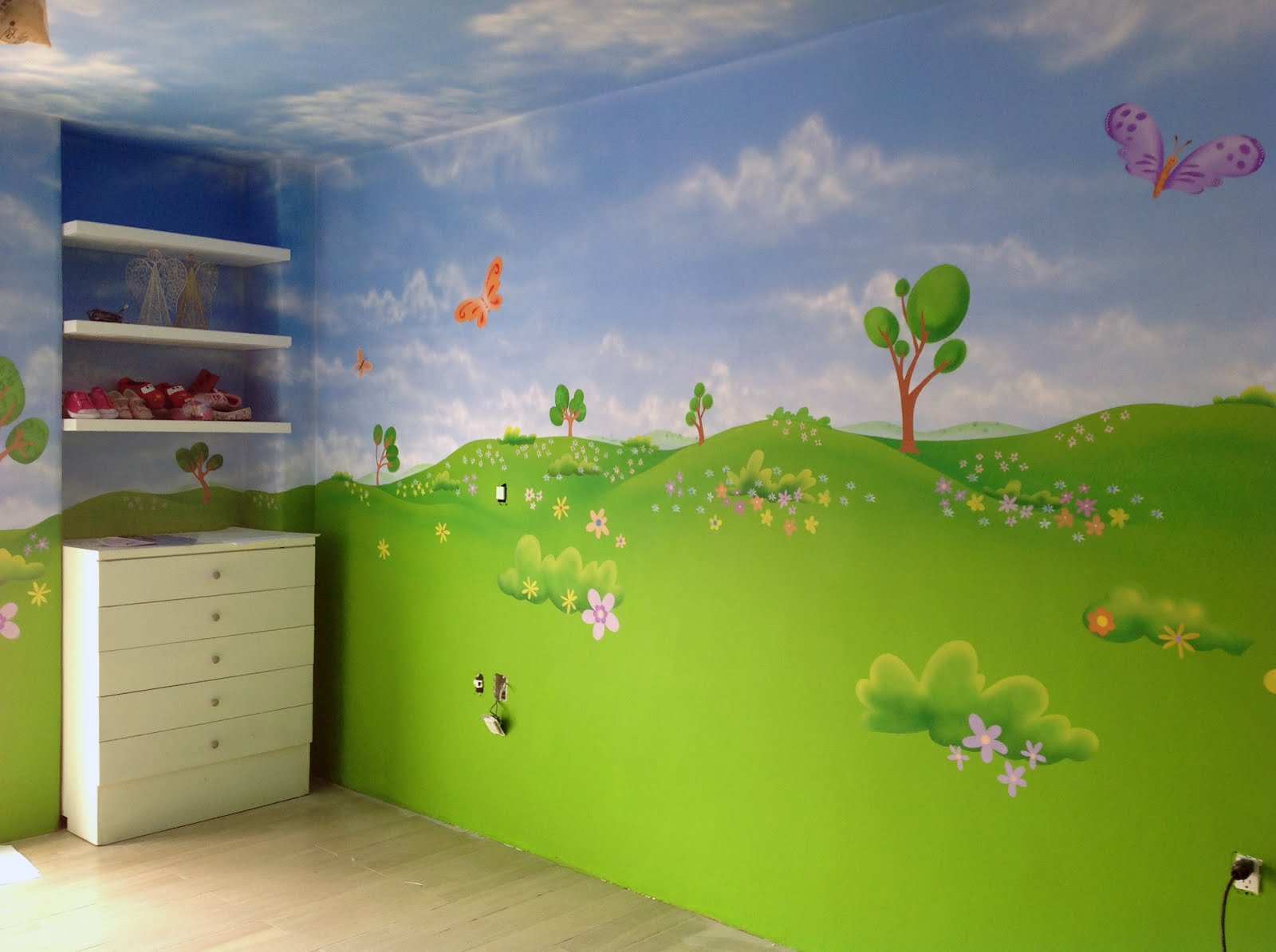 Murales infantiles y arte decorativo pintado a mano por un for Recamaras infantiles queretaro