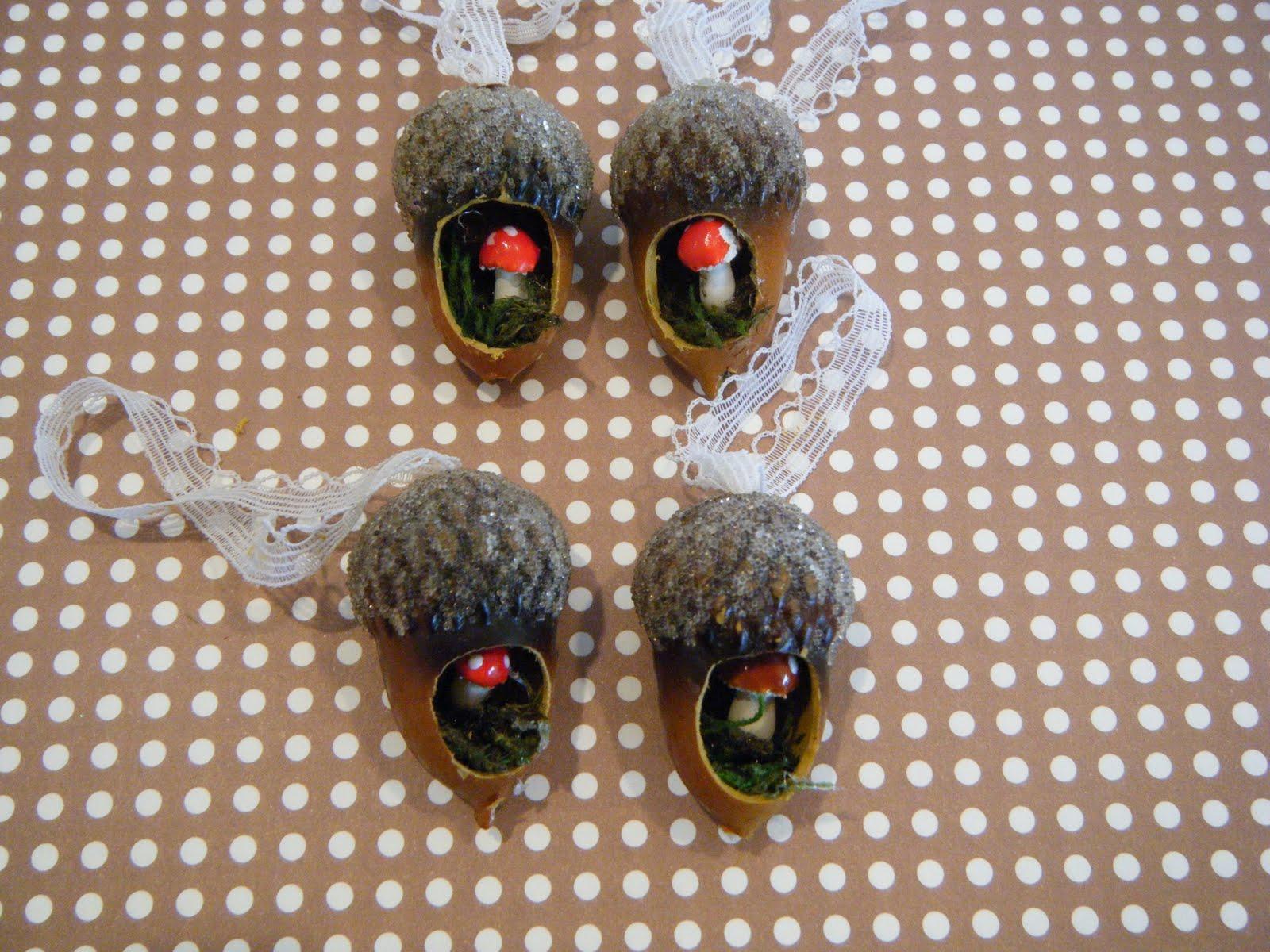 Makin 39 projiks acorn toadstool ornaments for How to make acorn ornaments