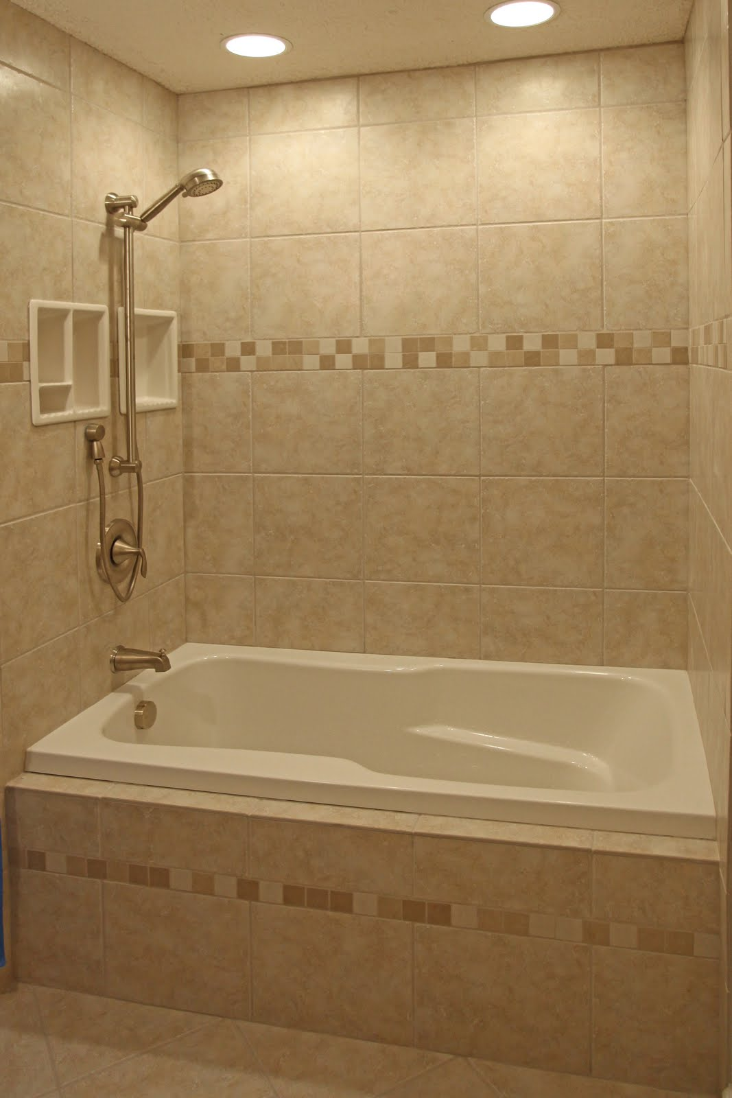 Garden And Home: Small bathroom tile design ideas