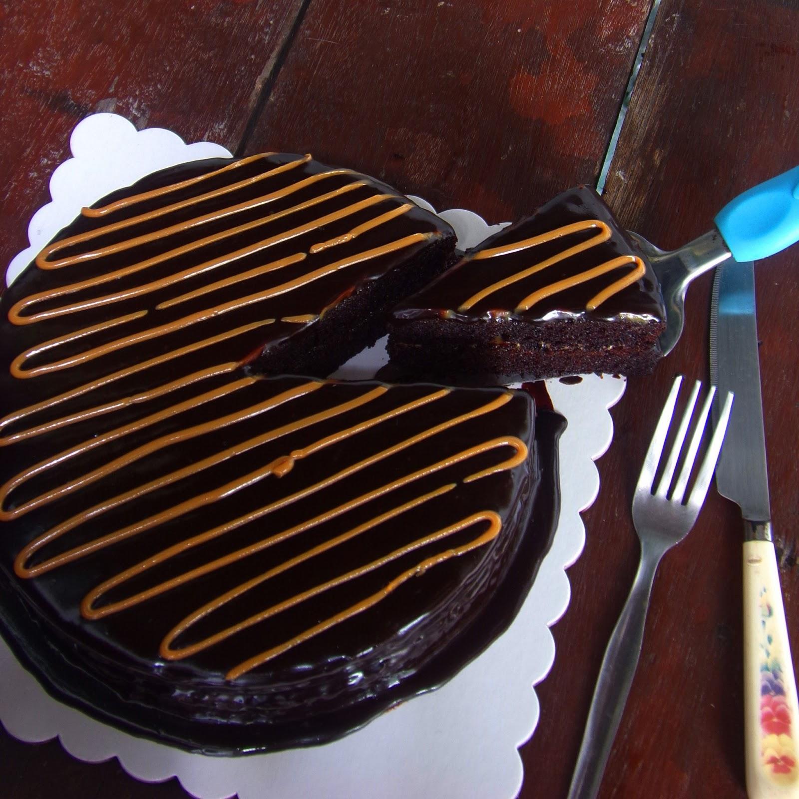 Filipino chocolate cake filling recipe