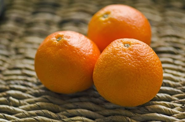 Treat Acne Naturally: Top 4 Best Natural Acne Treatments
