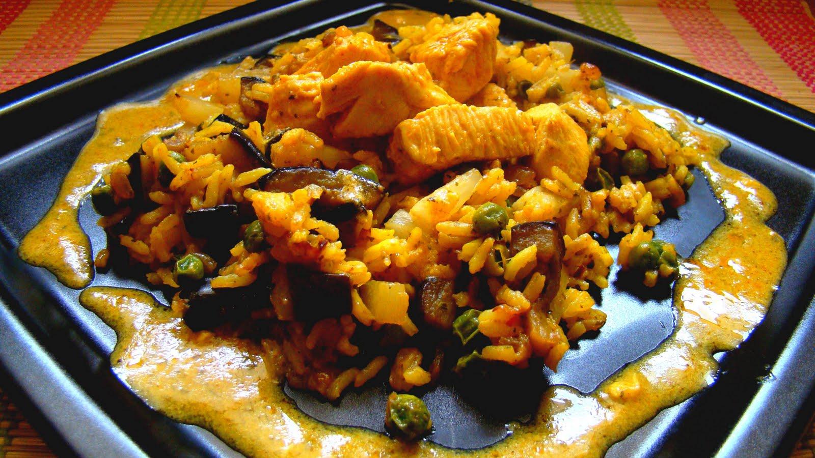 Potrawyregionalne Kurczak W Curry Z Ryzem Ananasem I Warzywami