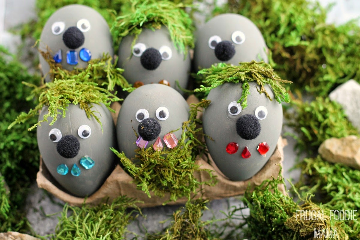Have a FROZEN inspired Easter this year with these fun to make Rock Troll Easter Eggs and a FROZEN themed Easter basket #DisneyEaster #ad
