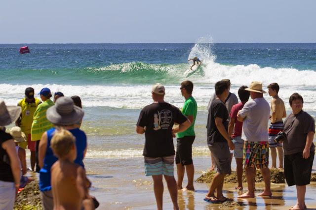 24 Roxy Pro Gold Coast 2015 Tatiana Weston Webb Foto WSL Kelly Cestari